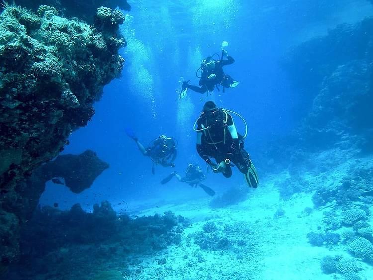 Hacer submarinismo