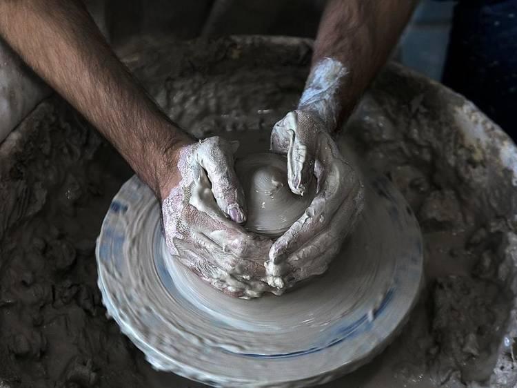Argila ou barro? O importante são as mãos