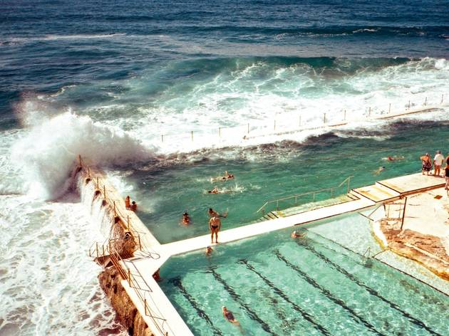 7 of the world's most spectacular outdoor swimming pools