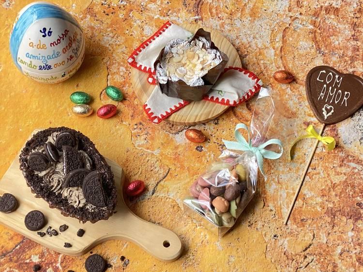 Pão-de-ló de chocolate, ovo de colher e amêndoas do Bira dos Namorados