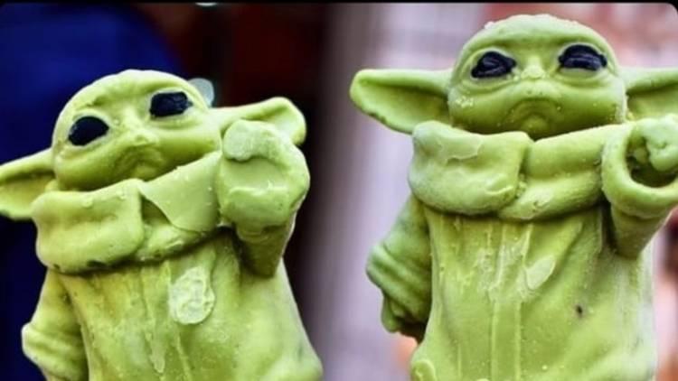 Paletas de Baby Yoda en Heladería Escandón