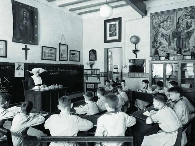 Aula de la Casa de la Caritat. 1957.