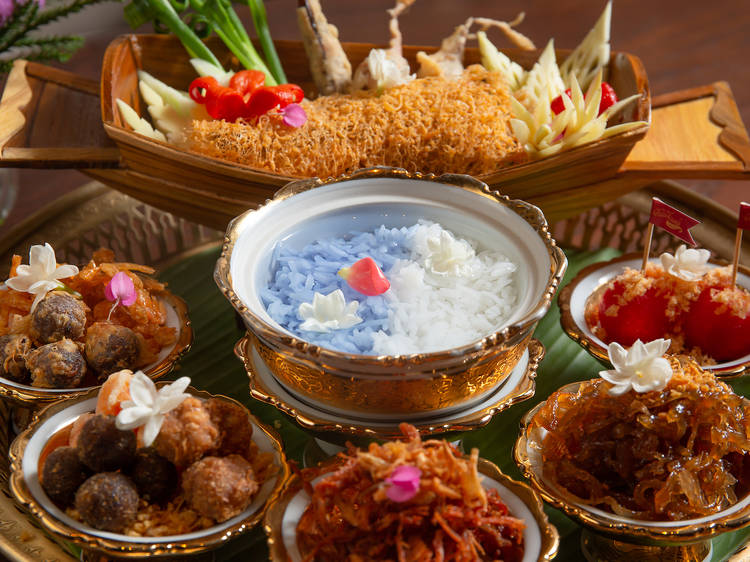 Cool yourself down with a traditional Thai snack platter.