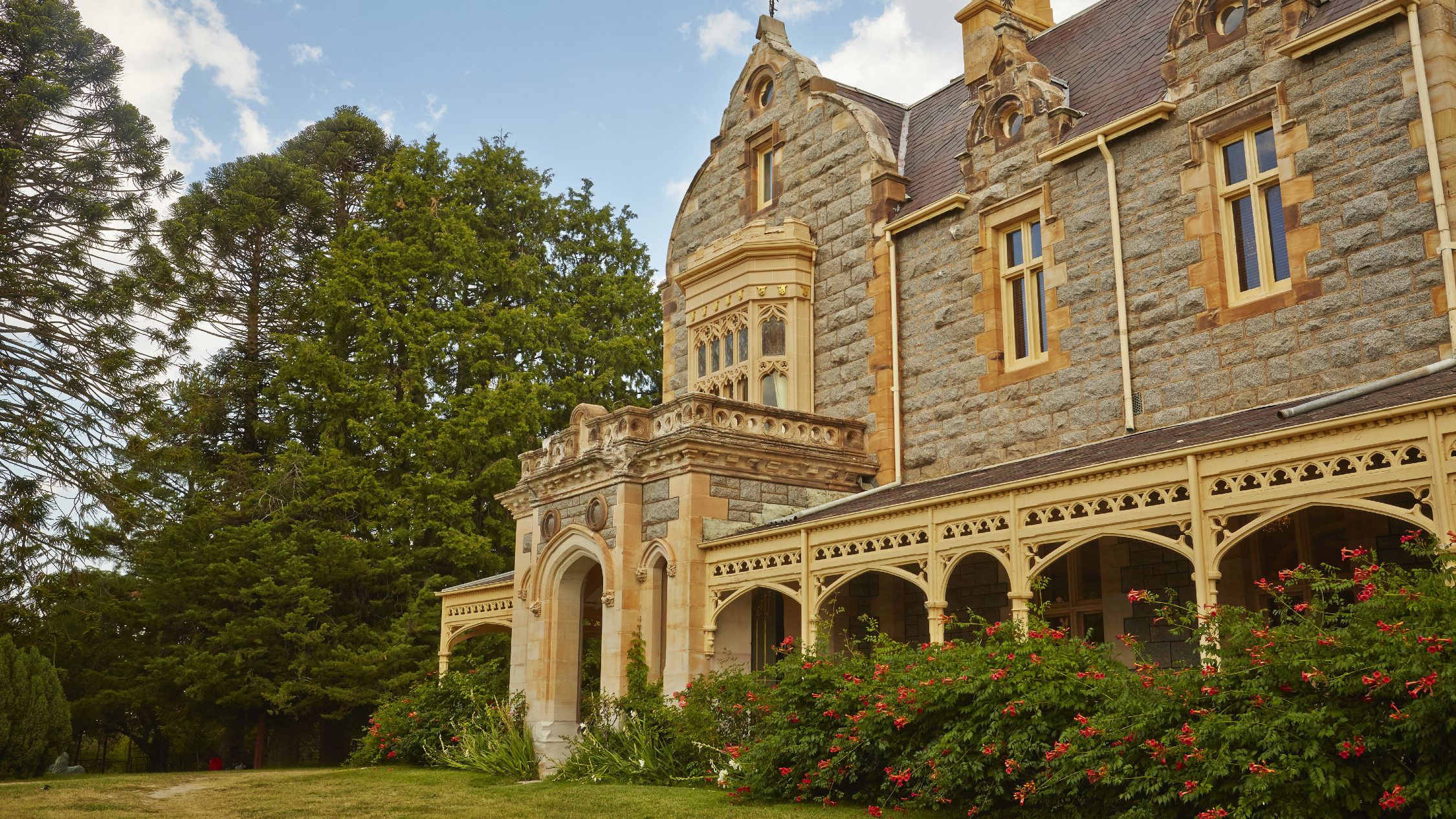 The facade of Abercrombie House in Bathurst