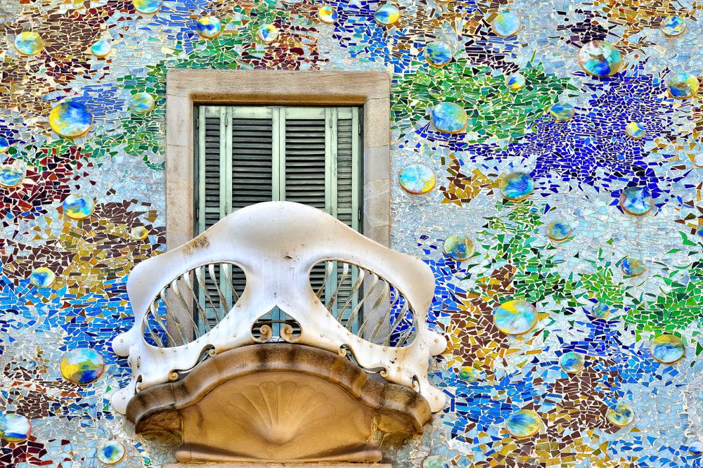 Detall de la façana de la Casa Batlló