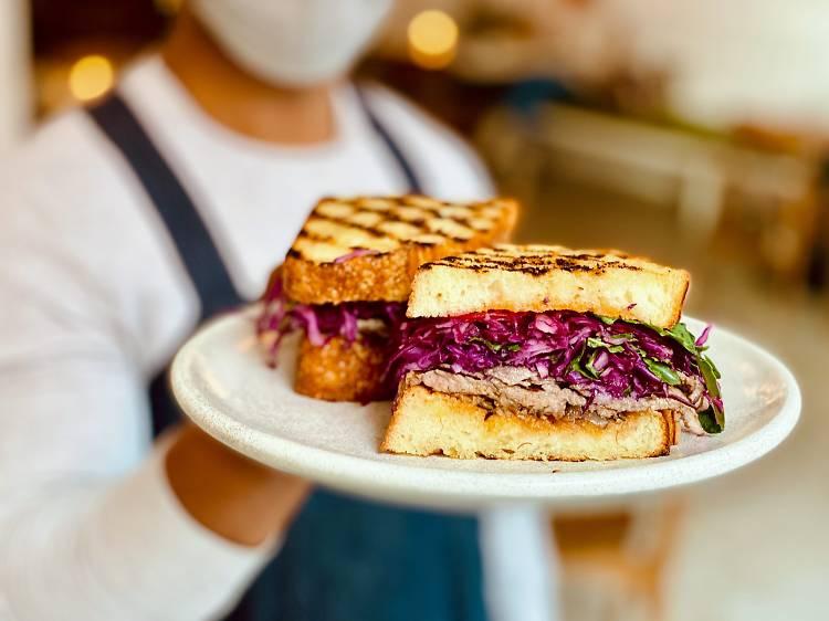 Roast sirloin sandwich from Plus61   Marrakech
