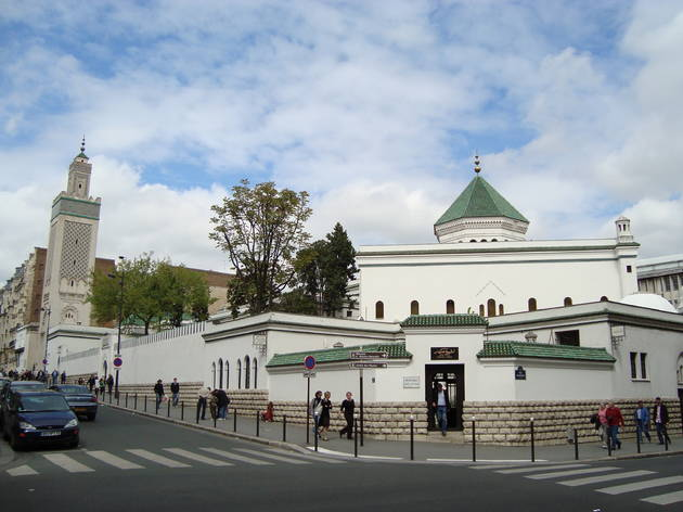 La Grande Mosquée de Paris offre des sandwichs gratuits aux étudiants