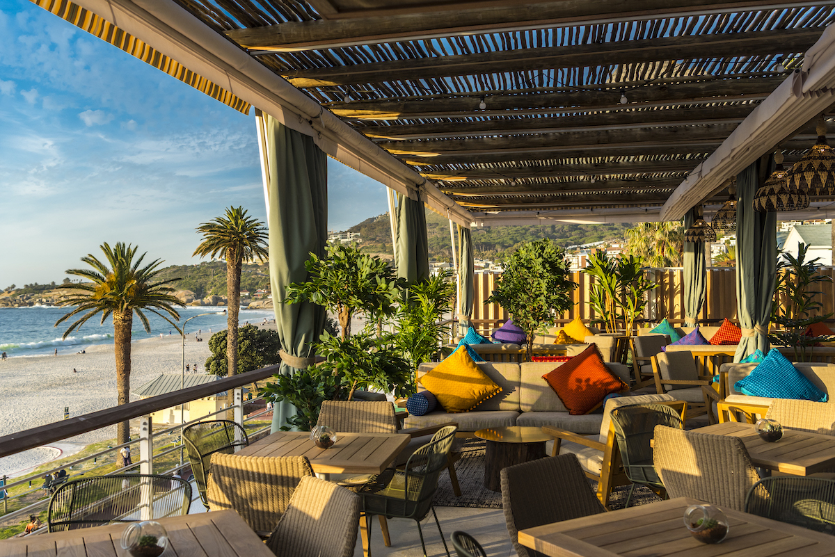 chinchilla rooftop café & bar