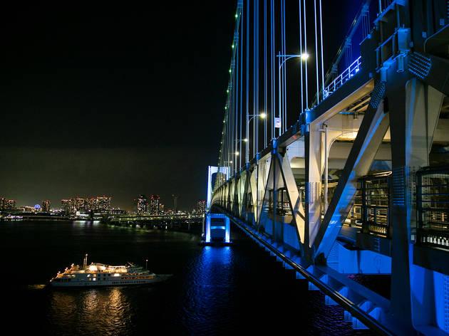 Odaiba Rainbow Bridge night walk