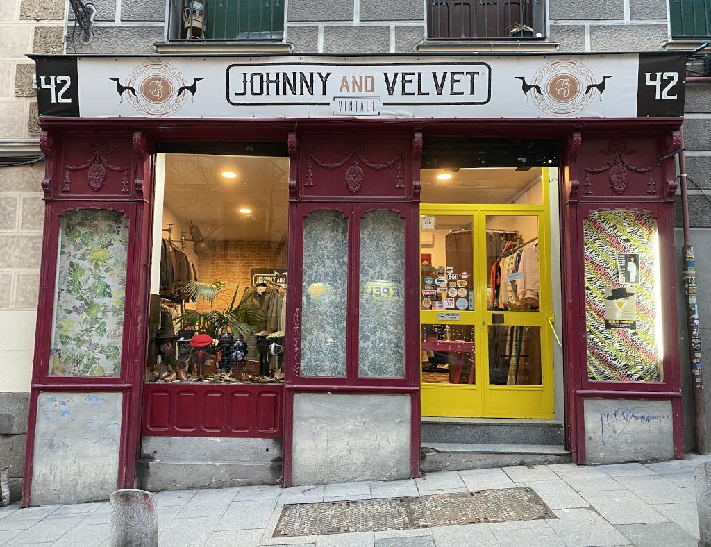 Johnny and Velvet