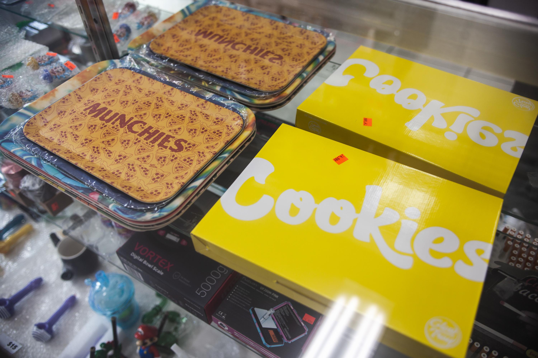 La Estrella Mini Mart snacks