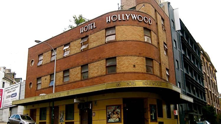 Hotel Hollywood facade
