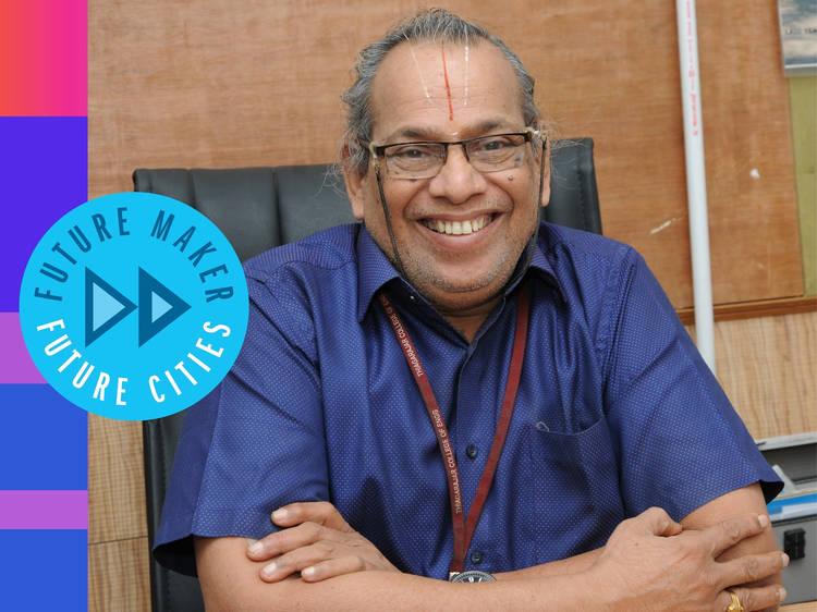 Rajagopalan Vasudevan: The Indian chemistry professor paving roads with old plastic
