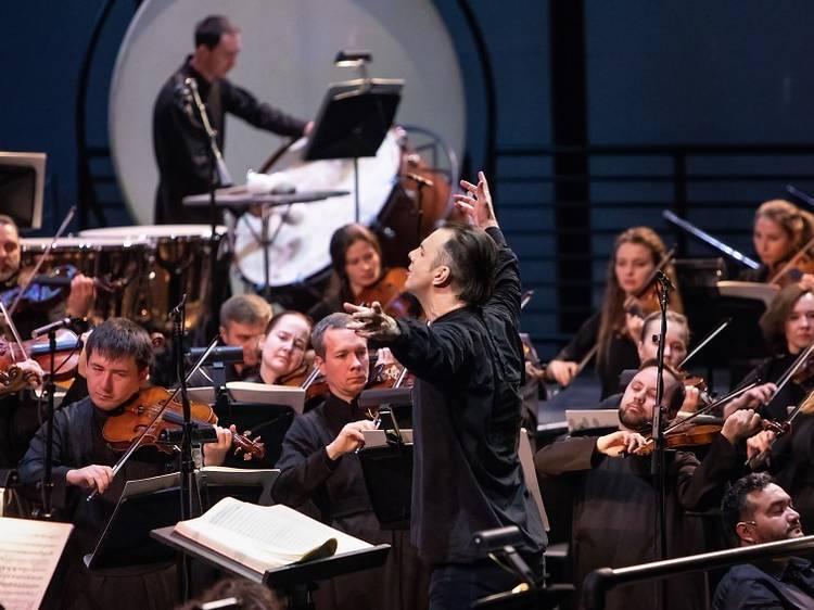 musicAeterna: soldados de escenarios