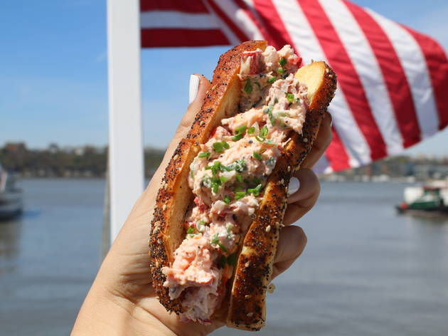 north river lobster company lobster roll