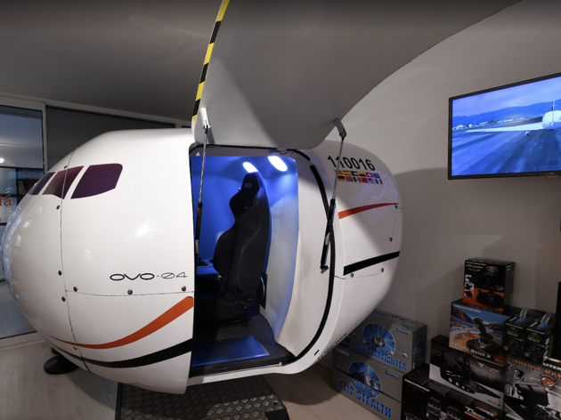 Simulador de vol a l'Aeroteca