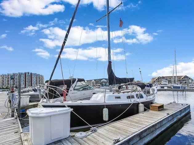Sailboat lakefront Airbnb rental