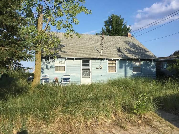 The Blue Cottage in Mountain Beach, MI