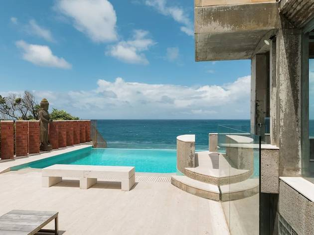 Sandstone rooftop with views out over Coogee beach