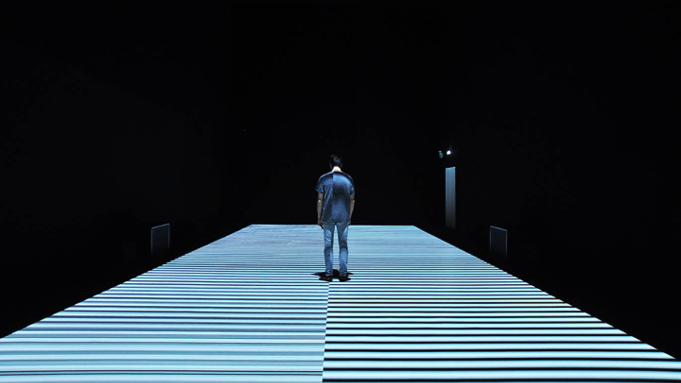 test pattern [nº12]site-specific installation, 2017© Ryoji Ikeda. courtesy of The Vinyl Factory