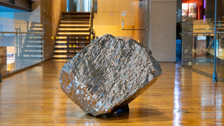 ジャン・ワン 《Artificial Rock A57》 2006