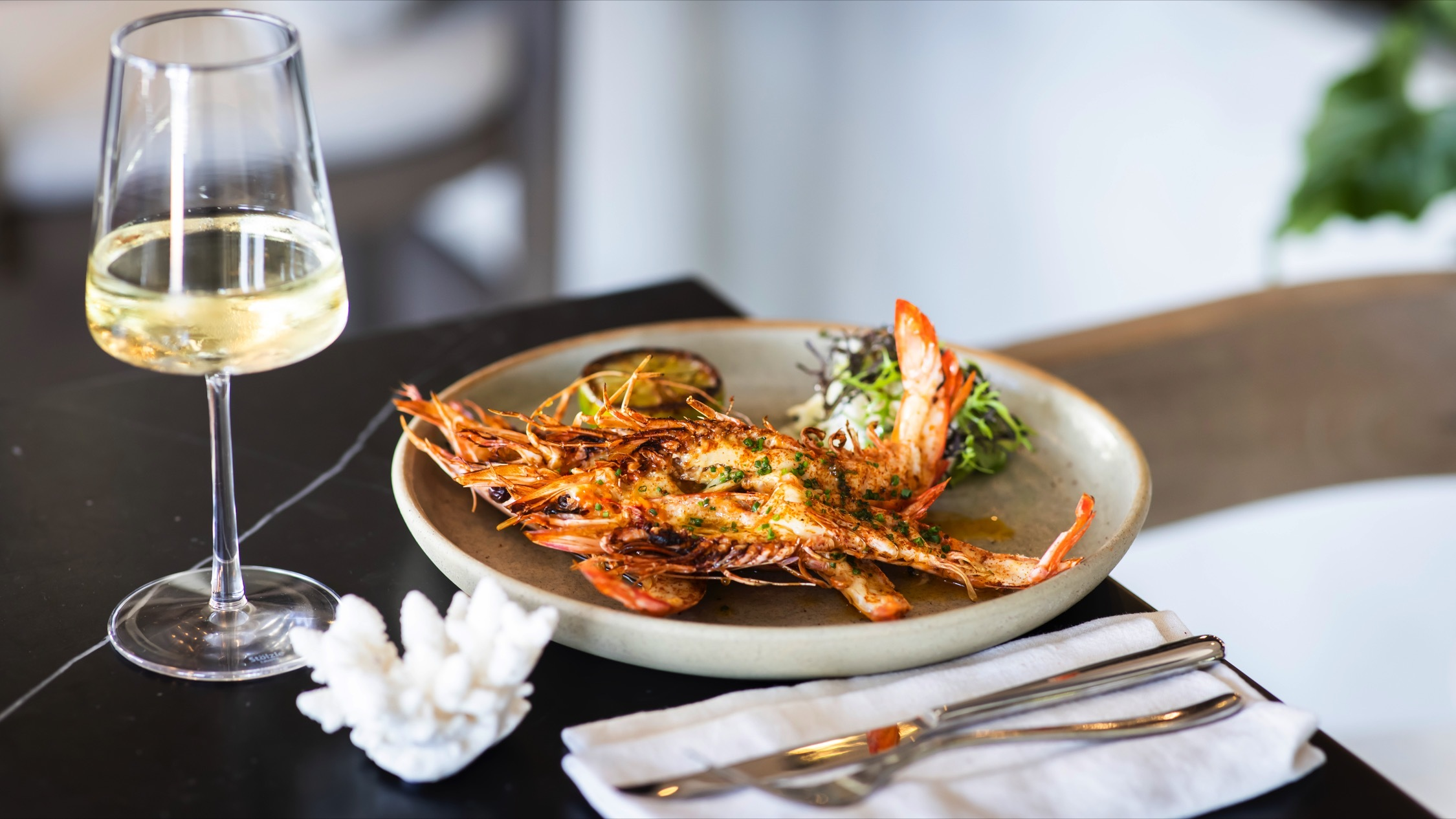 Estate Coogee, prawns, food overview, seafood