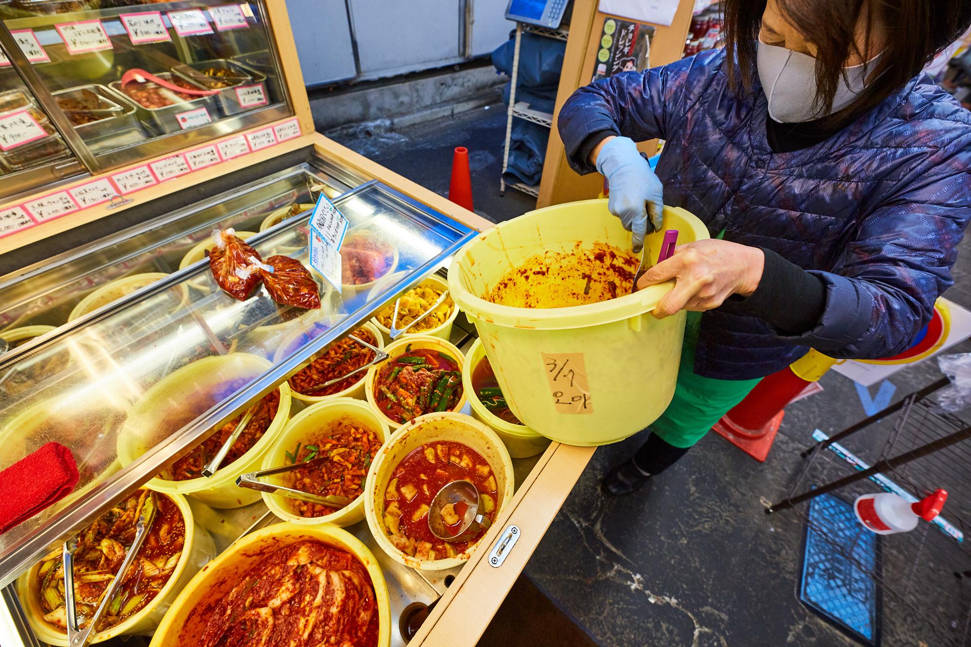 丸萬商店(Photo: Kisa Toyoshima)