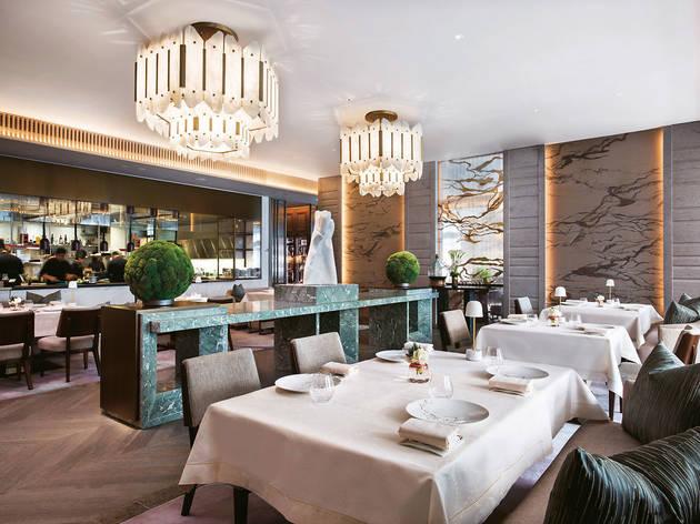 L'Envol restaurant interior