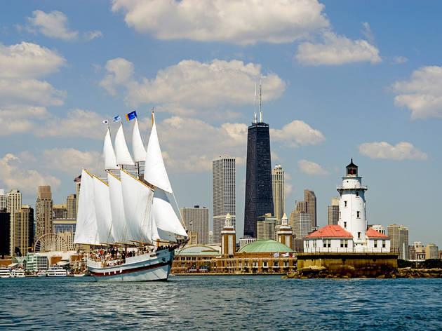 Chicago Skyline Sail