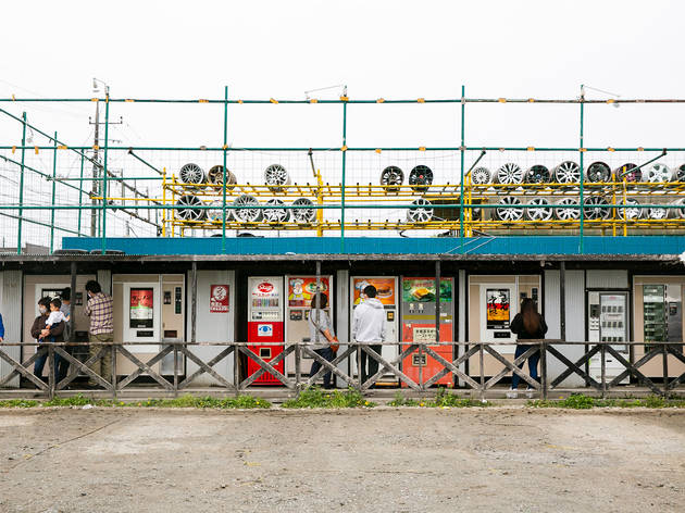 This Kanagawa shop has 90 retro vending machines selling toasties, udon, toys and more
