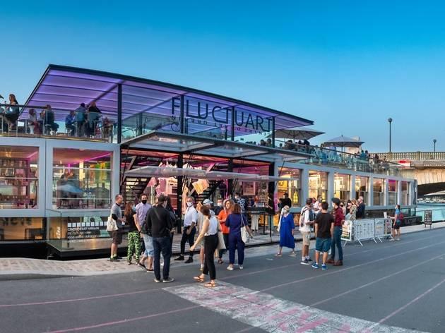 La galerie flottante Fluctuart inaugure une nouvelle terrasse avec expo street art