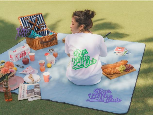 南青山の人気カフェがピクニックのコラボグッズを発売
