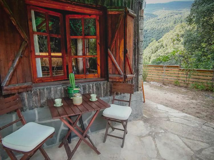 Cabaña de leñadores en el Montseny