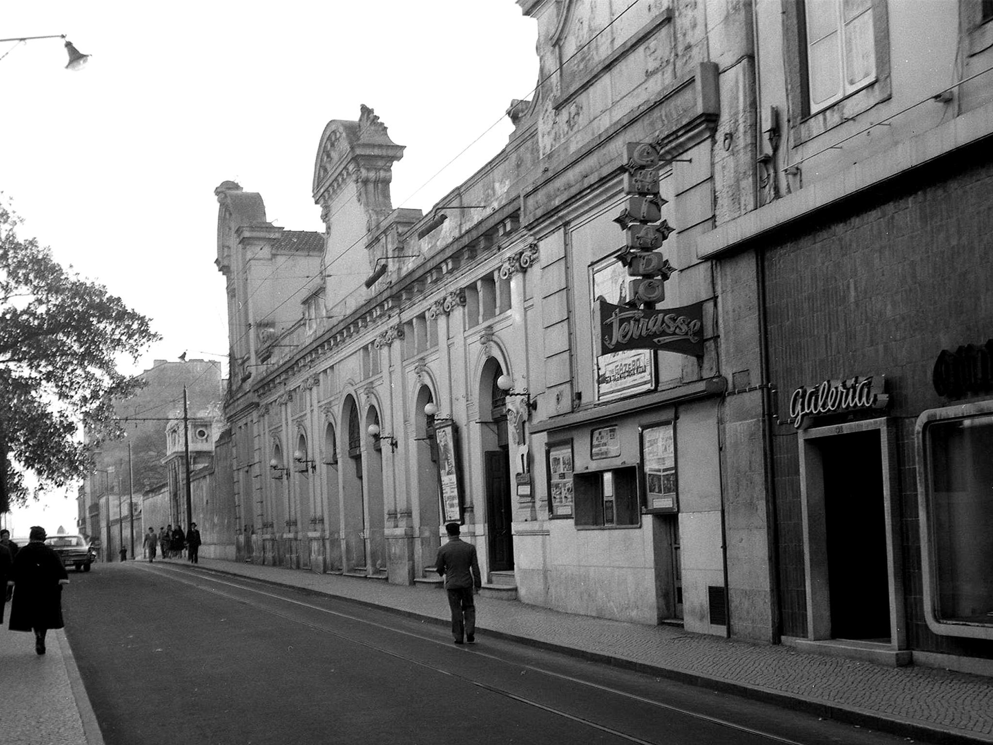 O Pátio das Antigas: O cinema fino do Chiado