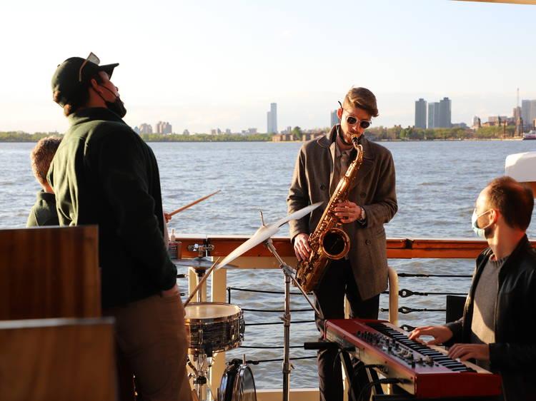Take a sunset jazz cruise around Manhattan
