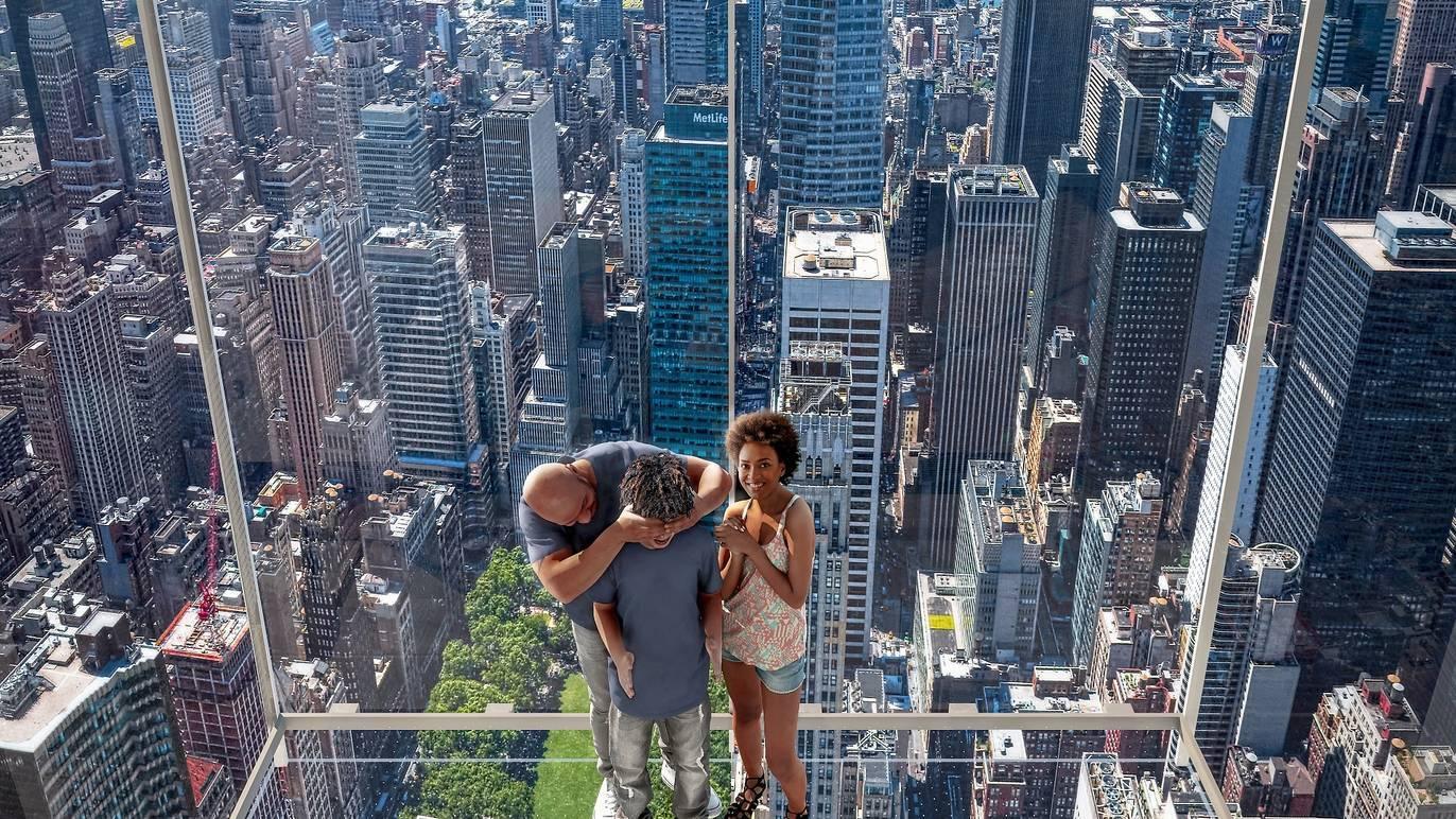ニューヨークの超高層ビルに新たな展望フロアがオープン