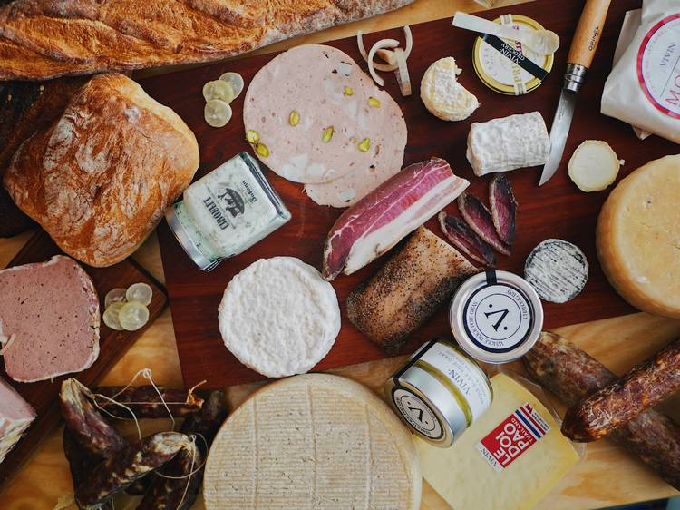 8 grocers and deli shops to get cheese and cold cuts