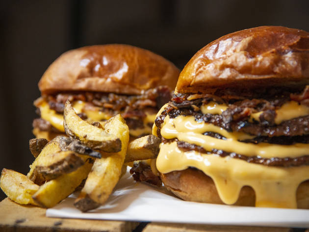 Machaka Burger