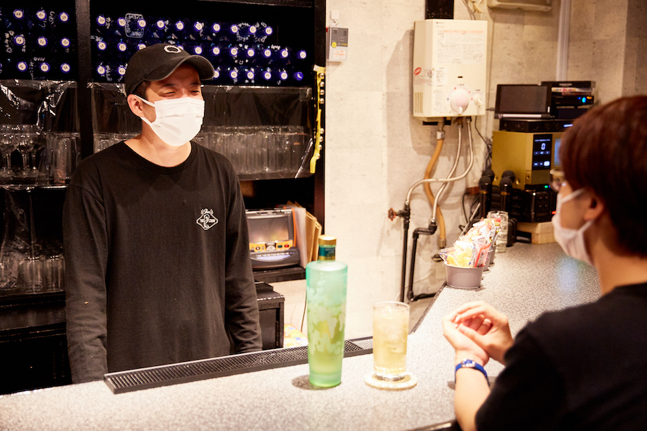 FTMバー 2's CABIN 新宿2丁目店