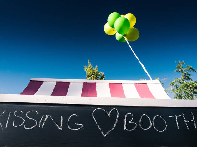 kissing booth