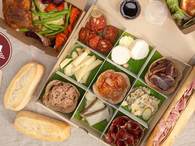 สั่งชีสและโคลด์คัทมากินที่บ้านได้จาก 'Vivin Grocery' ร้านของชำที่มีแต่เมนูเด็ดห้ามพลาด