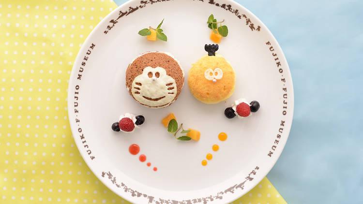 Doraemon chiffon cake