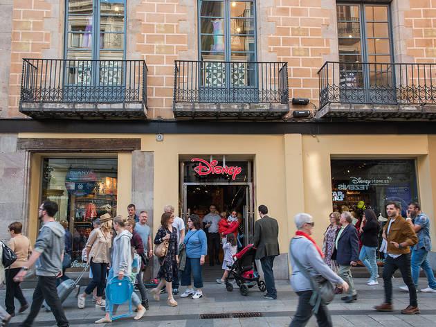 Botiga Disney, Portal de l'Àngel