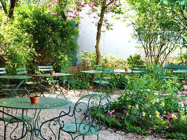 31 terrasses cachées où boire un verre à Paris