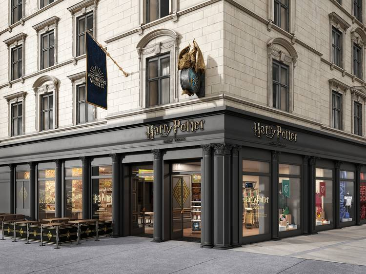 A first look at the world's largest Harry Potter Store