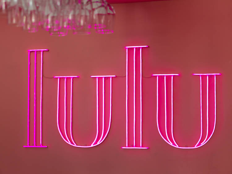 Lulu, um Pub Bonito