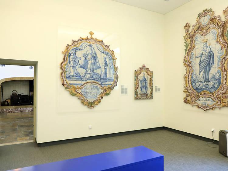 Sala 12: Registos de azulejos