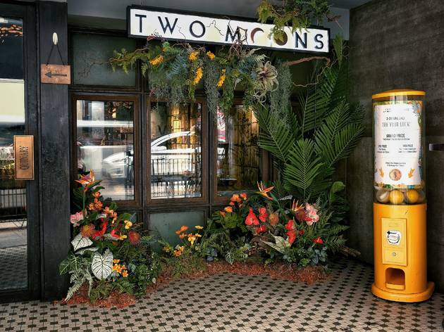 Two Moons Distillery/Quinary