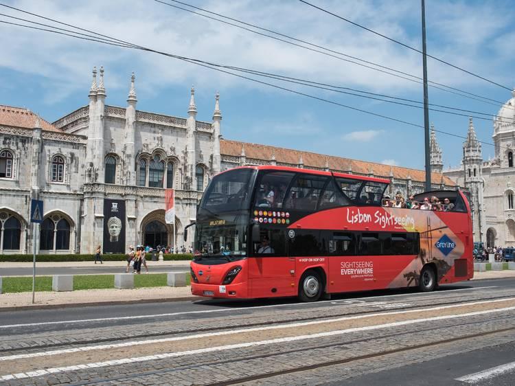 Conhecer Lisboa com o Tejo à espreita