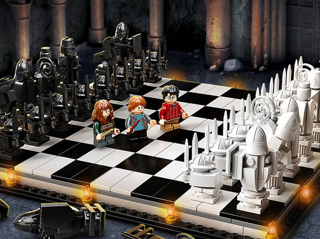 Juego de ajedrez de LEGO de Harry Potter en celebración del 20 aniversario de la colaboración